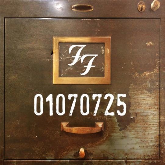 Foo-Fighters-01070725-1569598541-640x640